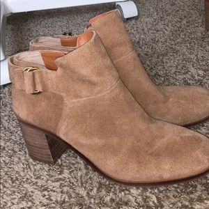 Bootie with buckle